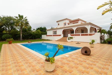 Moradia Isolada, Western - Carvoeiro, Lagoa (Algarve)